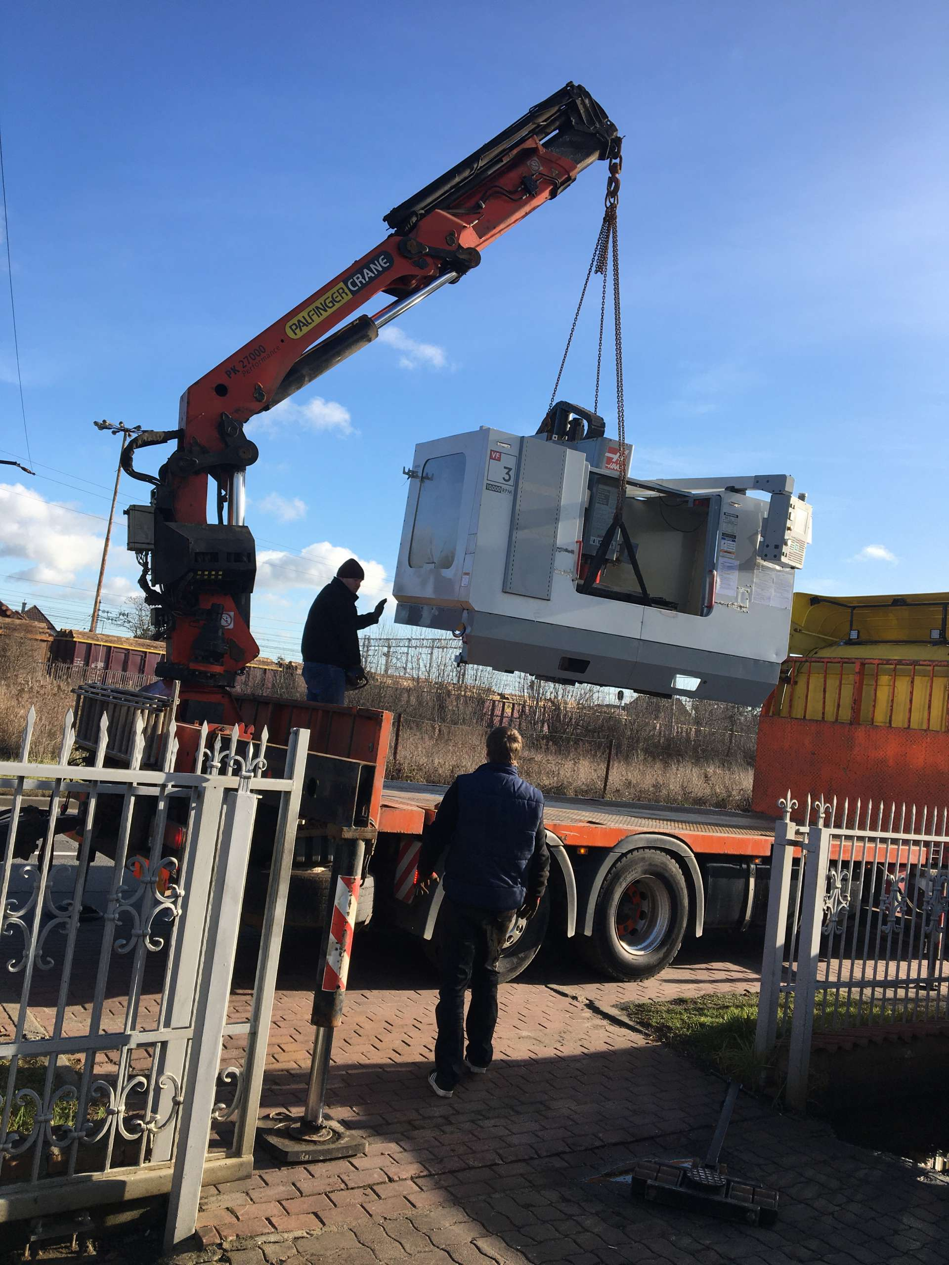 Usługa relokacji oraz transport obrabiarek